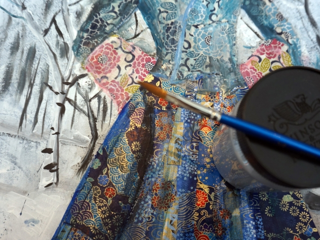 Painting a chest by Ingela Johansson 3